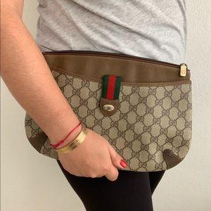 Vintage Gucci Crossbody Clutch Accessory Collectio